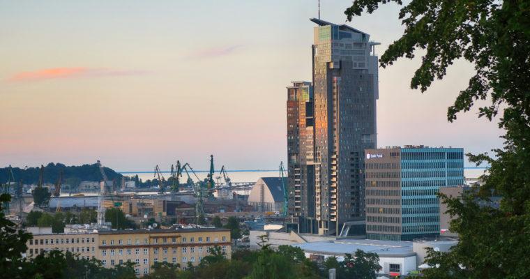 Spaceruj po Gdyni i… bądź uważny!